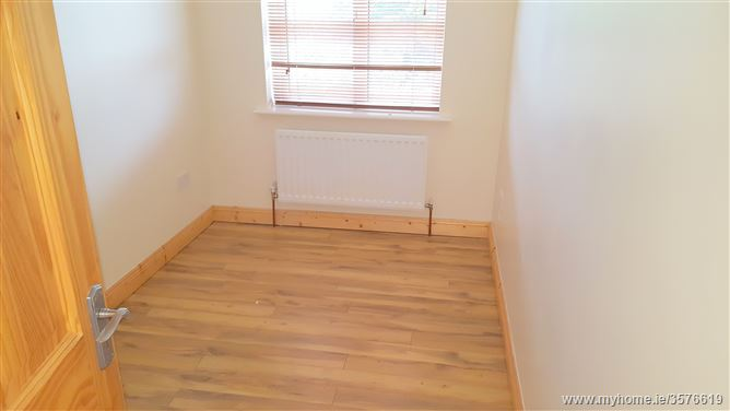 41a the grange donore meath property partners little for Laminate flooring drogheda