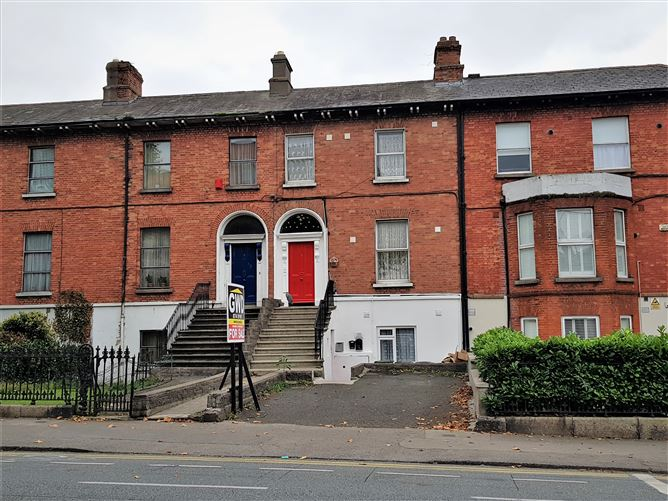 Main image for 4 North Circular Road, Dublin 7