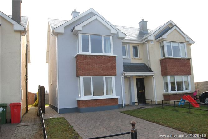 Main image for 32 Whitethorn Hill, Roscrea, Co Tipperary, E53 YF22