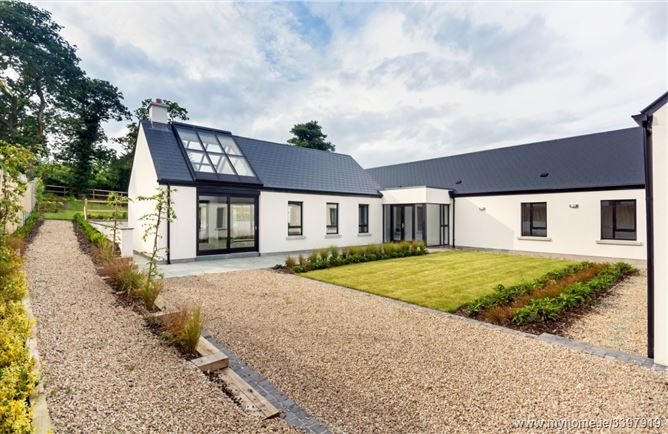 Photo of 7 Hillfield, Rathmichael, County Dublin