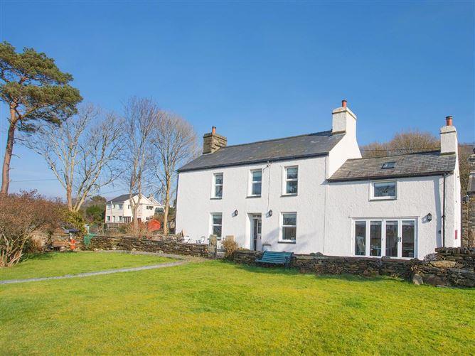 Main image for Big House, LLANDECWYN, Wales