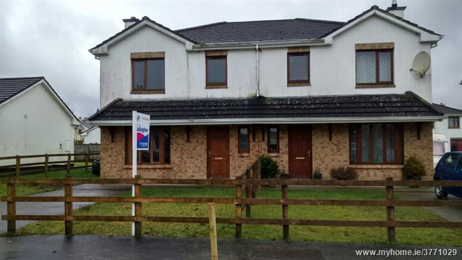 33 Oaklands, Carrick-on-Shannon, Leitrim