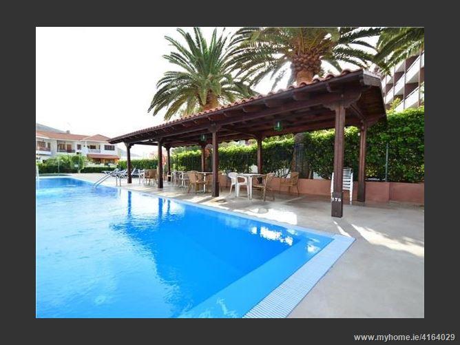 Calle, 38530, Spain