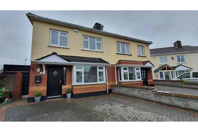 Main image for 33 Temple View Close, Clare Hall, Donaghmede, Dublin 13