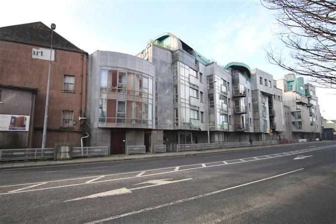 Main image for 2 Camden Court, City Centre Nth,   Cork City