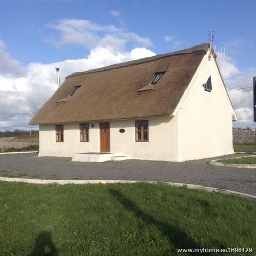 The Berryfield Thatch Cottage, Ballydonnellan, Corrandulla, Galway