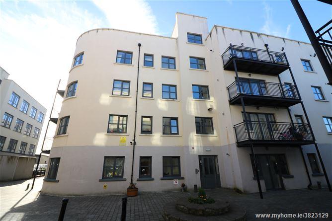 401 Block E, An tSean Mhargadh, Drogheda, Louth