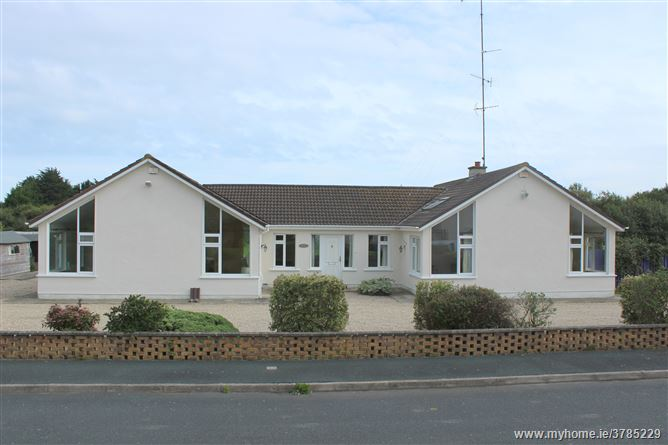22 Cornagower Park, Brittas Bay, Wicklow