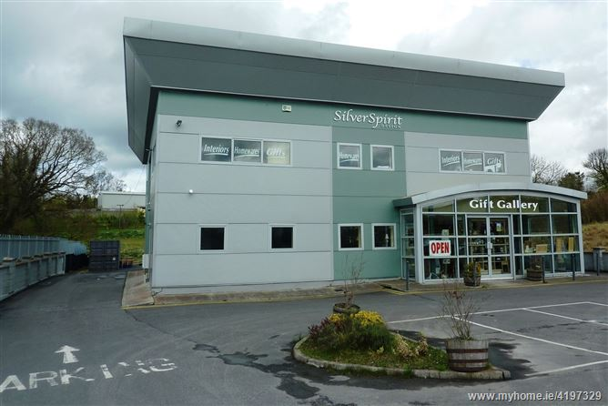 Modern Retail/ Warehouse Facility c. 150 sq. m/ 1615 sq.ft., Blessington Business Park, Blessington, Wicklow