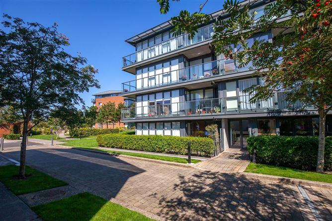 Main image for Apartment 9, Levmoss Hall, Levmoss Park, The Gallops, Leopardstown, Dublin