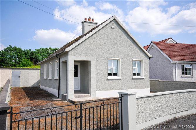 Ballybeg House, Kevin's Park, Littleton, Thurles, Co. Tipperary
