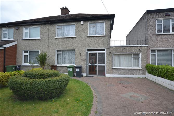 Photo of 19 Woodfarm Avenue, Palmerstown,   Dublin 20