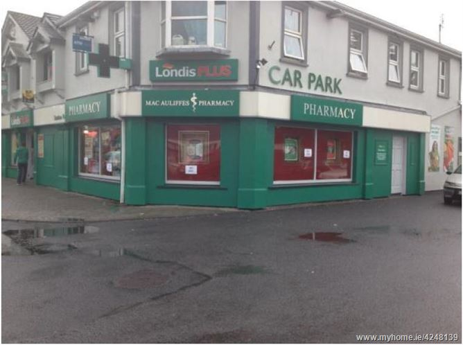 Londis Plus, Station Road, Castlebar, Mayo