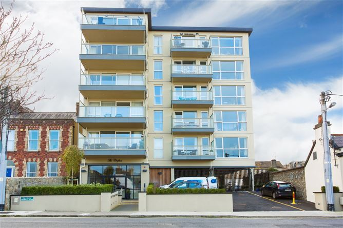 Main image for 4 The Crofton, George's Place, Dun Laoghaire, Co. Dublin