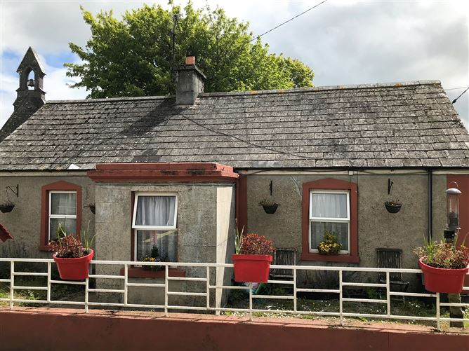 Main image for Clonoulty, Cashel, Tipperary, E25X727