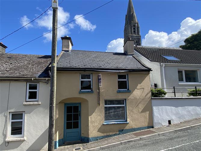 Main image for 7 Cross Street, New Ross, Wexford