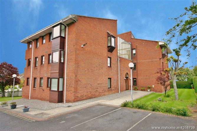 Main image for 10 Proby Hall, Killiney Road, Killiney, County Dublin