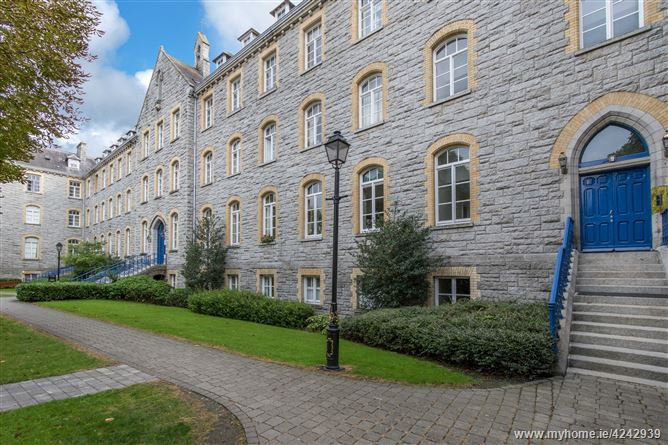 36 Hybraesal House, South Circular Road, Kilmainham, Dublin 8