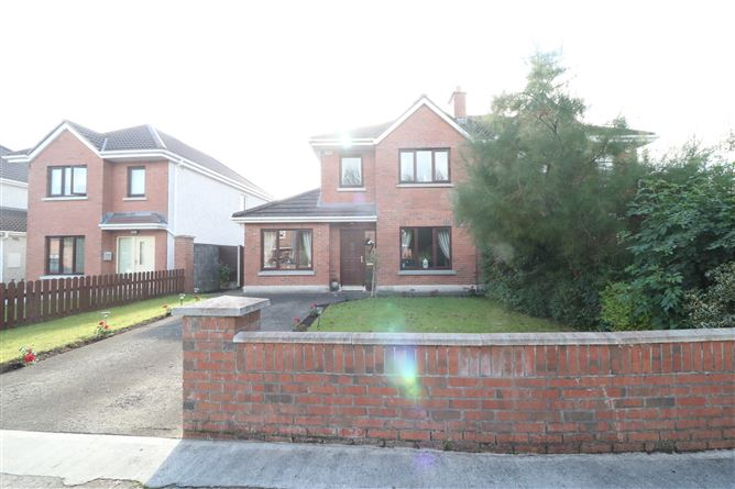 Main image for 27 The Heath, Liffey Hall, Newbridge, Kildare