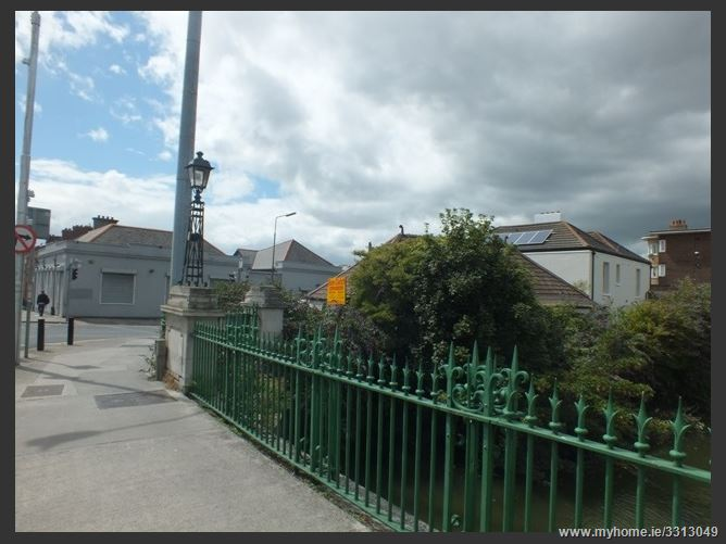 Annesley Bridge, Fairview,   Dublin 3