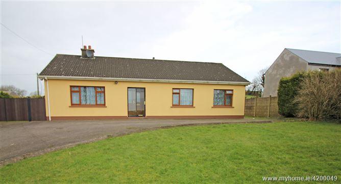 Blackcross, Knocknatrinane, Ovens, Macroom, Cork