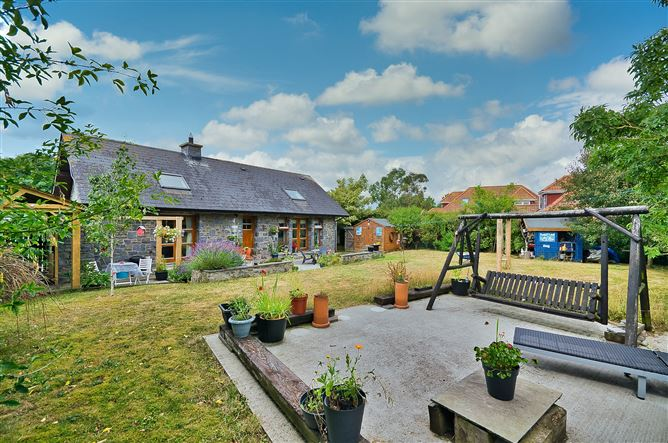 Main image for 32A Baskin Cottages, Kinsealy, Dublin