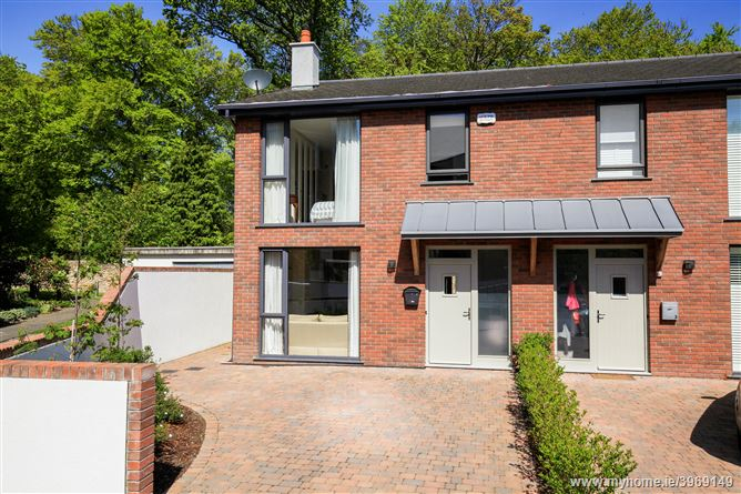 Photo of House 4 The Croft, Parc Na Silla Avenue, Loughlinstown, Dublin 18