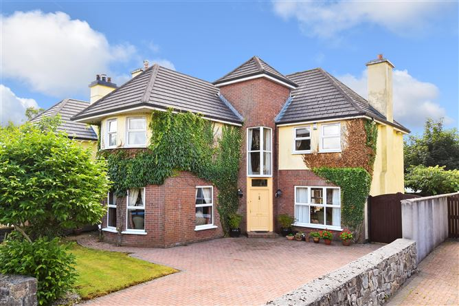 Main image for 3 Hazelwood, Salthill, Galway City