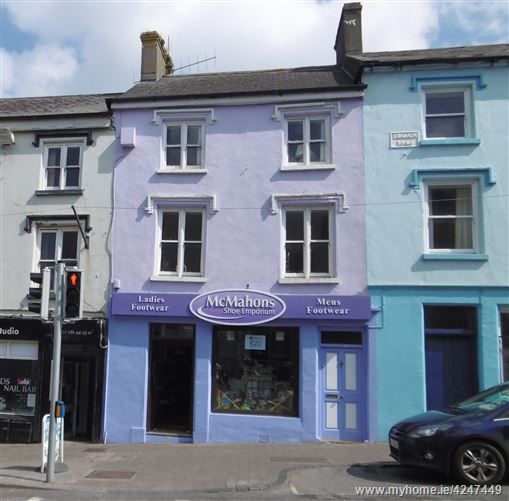 11 Castle Street, Cahir, Tipperary