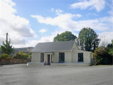Photo of Speckled Hen Cottage (ref W32063), Newcastle, Co. Tipperary