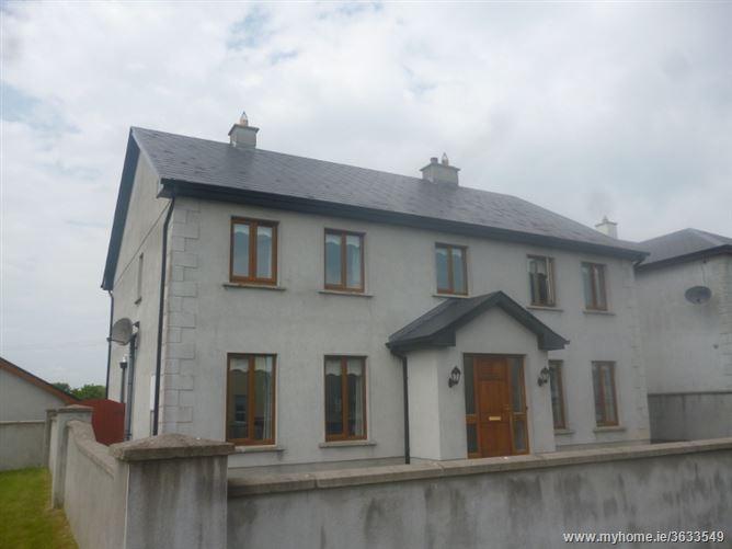 27 Woodview Court, Athlone Road, Roscommon, Roscommon