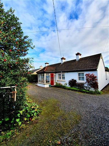 Main image for Beekeeper's Cottage, 197 Kilcoole Road, Charlesland, Greystones, Wicklow