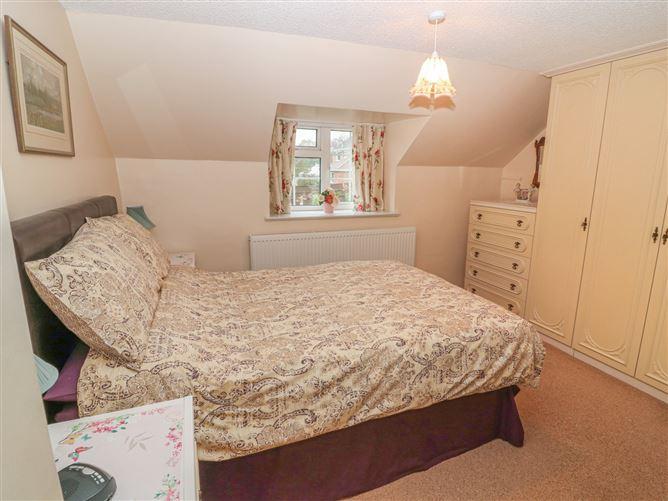 Main image for 22 Beckside Family Cottage,Nettleham, Lincolnshire, United Kingdom