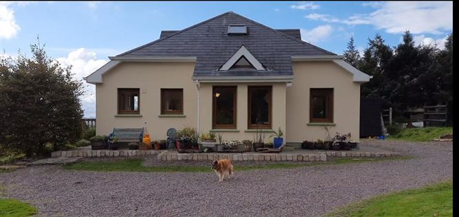 Main image for Horsemount, Knocknagappul, Macroom, Cork