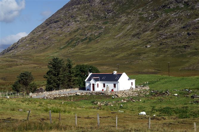 Main image for Cottage (257), Recess, Galway