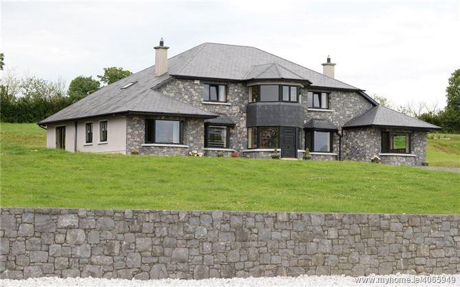 Ballyhourode House, Ballyhourode, Doneraile, Co.Cork.