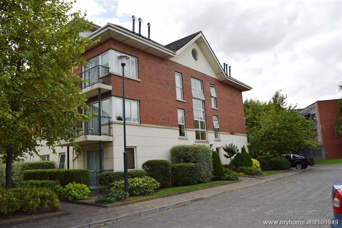Photo of 8 The Sycamore, Grattan Wood, Hole-In-The-Wall Road, Dublin 13