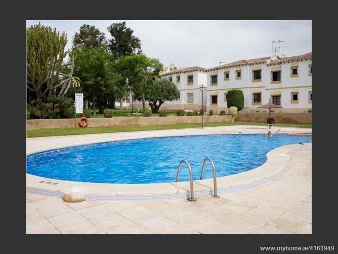 Calle, 03193, San Miguel de Salinas, Spain
