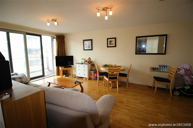 27 The Hamptons, Santry Cross, , Ballymun, Dublin 11
