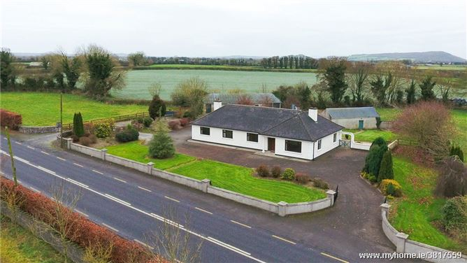 6-Bed With Stables On 3.2 Acres, Coolkennedy, Thurles, Co. Tipperary, E41 AE81