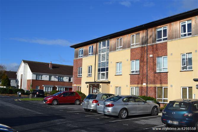 Hazelhatch Square, Celbridge, Kildare