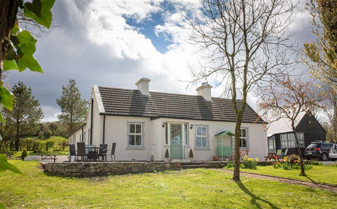 Main image for Thistledome Cottage, Castlebaldwin, Sligo