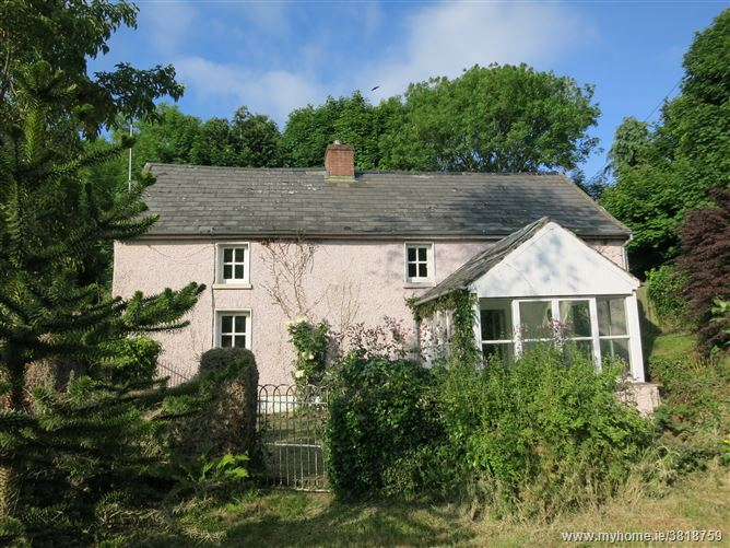The Pink House, Cullaun, Inistioge, Kilkenny