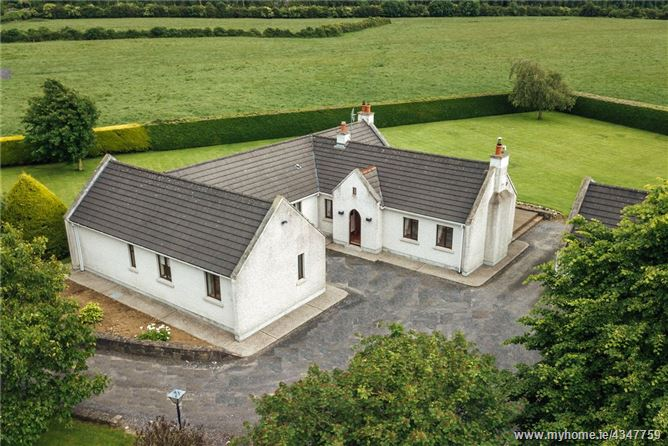 Main image for Chestnut Lodge, Whitechurch, Straffan, Co. Kildare, W23 DK06