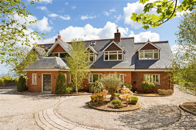 Main image for Pinefield House, Ballyedmonduff Road, Glencullen, Dublin 18, D18 Y5C2