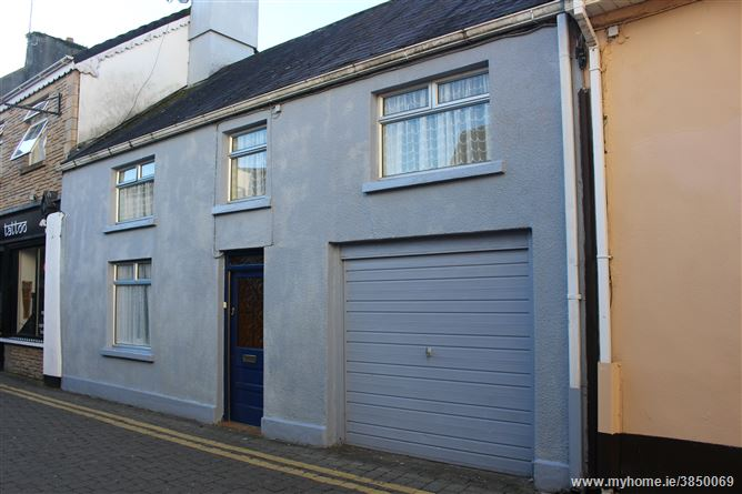 1 Chapel Place, Killarney, Kerry