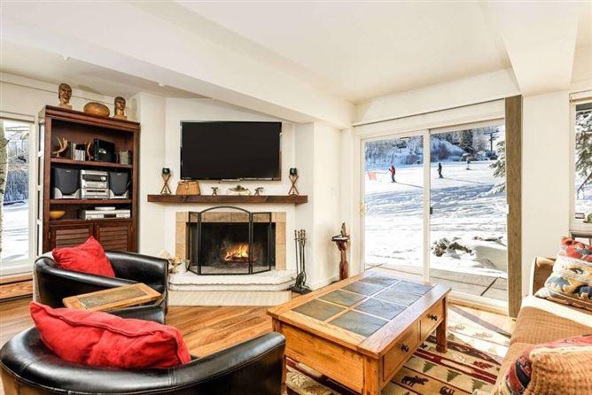 Main image for Hazy Winter,Aspen,Colorado,USA