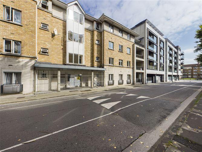 Main image for 11 Emmet Place, Usher's Quay, South City Centre, Dublin 8