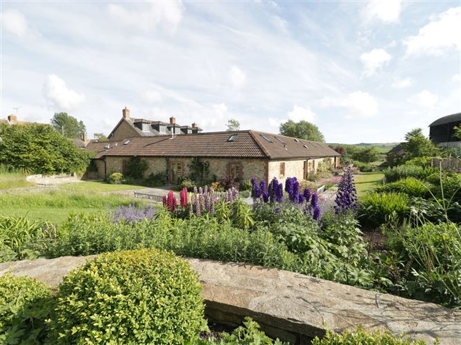 Main image for Middle Farm Annex, LONG BREDY, United Kingdom