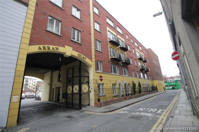 230 The Schooner, Arran Quay, North City Centre, Dublin 7